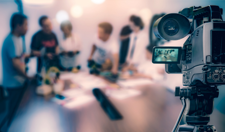 Live Streaming to Global Investors